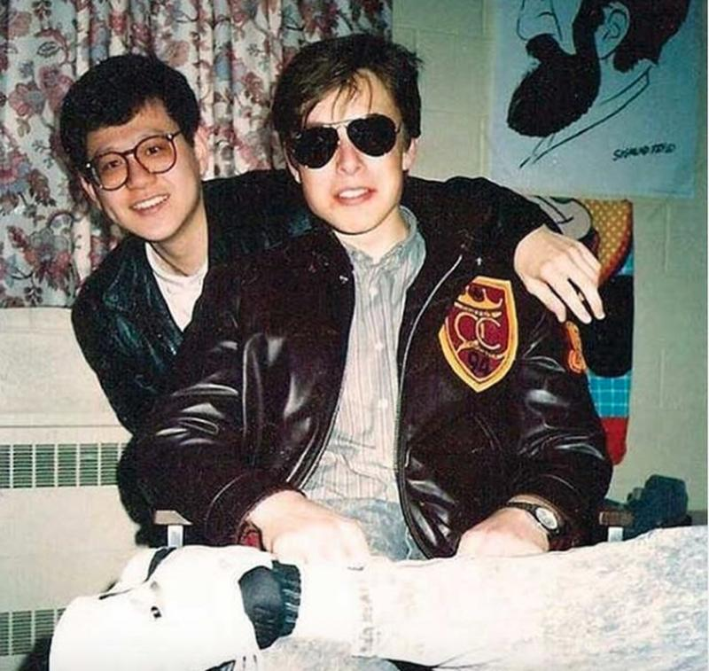 18 Year Old Elon Musk At Queen's University